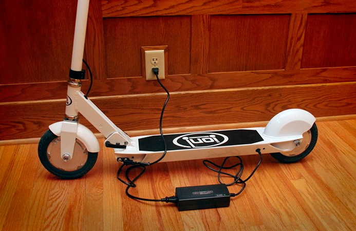 Ion-SmartScooter-1